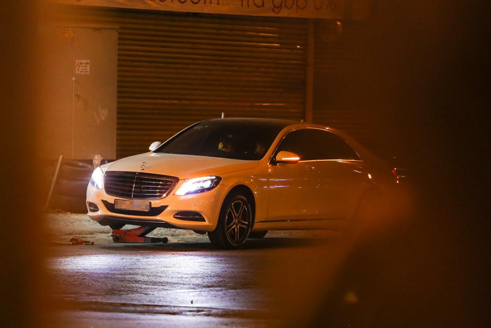 Bắt gặp Trấn Thành và Hari Won bị hỏng xe giữa đường lúc nửa đêm - Ảnh 8.