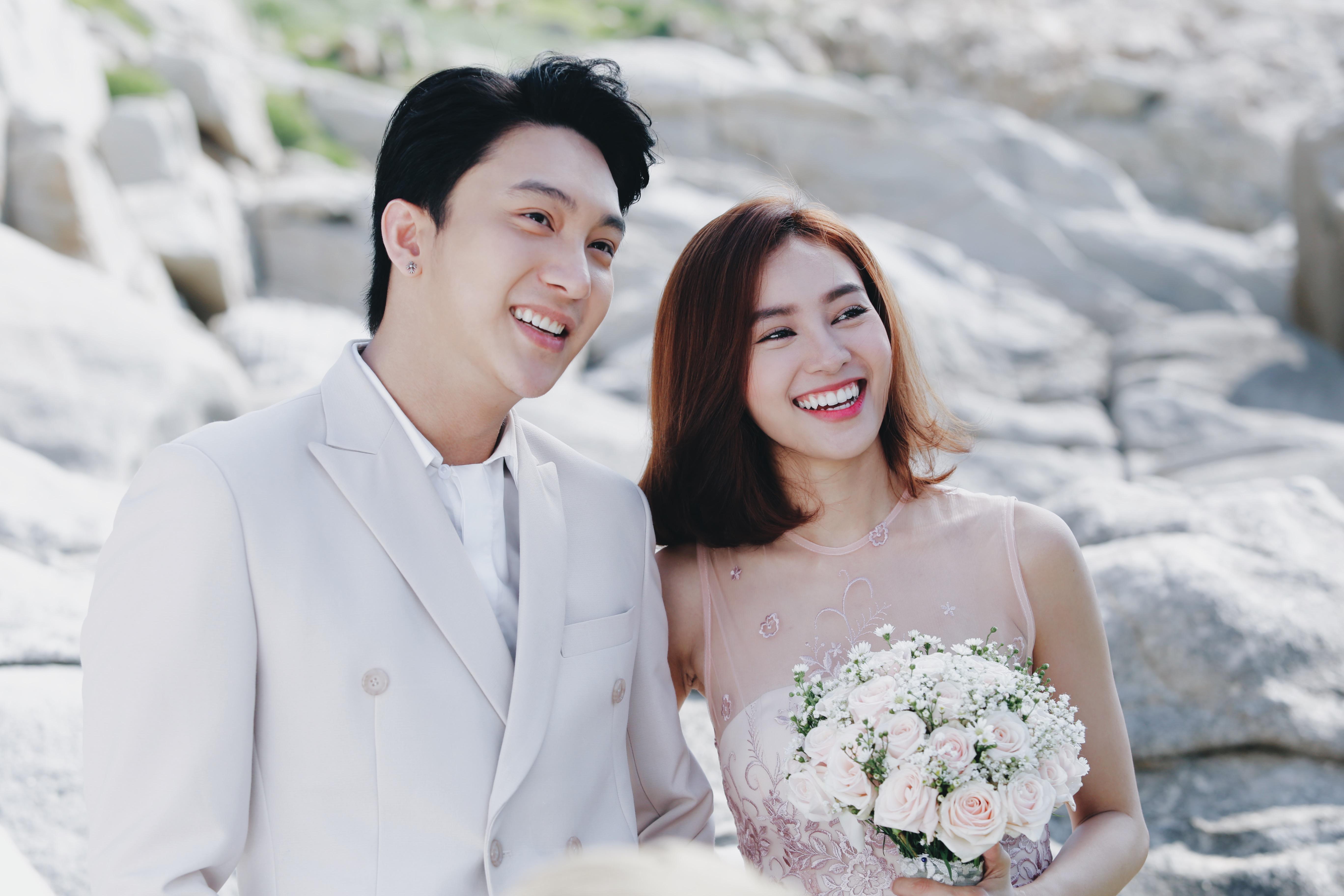 Lan Ngọc được B Trần cầu hôn trên biển trong teaser mới của Mối tình đầu của tôi - Ảnh 2.