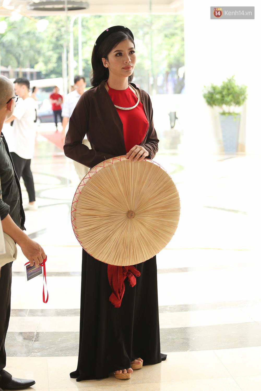 Sơ khảo HHHV: Host Phạm Hương tỏa sáng cùng vương miện, Mâu Thủy nổi bật trong dàn thí sinh - Ảnh 18.