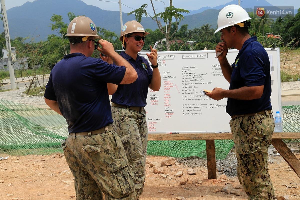 Hải quân Mỹ - Nhật dầm mình trong nắng, góp 1.500 ngày công để xây trường mầm non cho trẻ em Đà Nẵng - Ảnh 7.