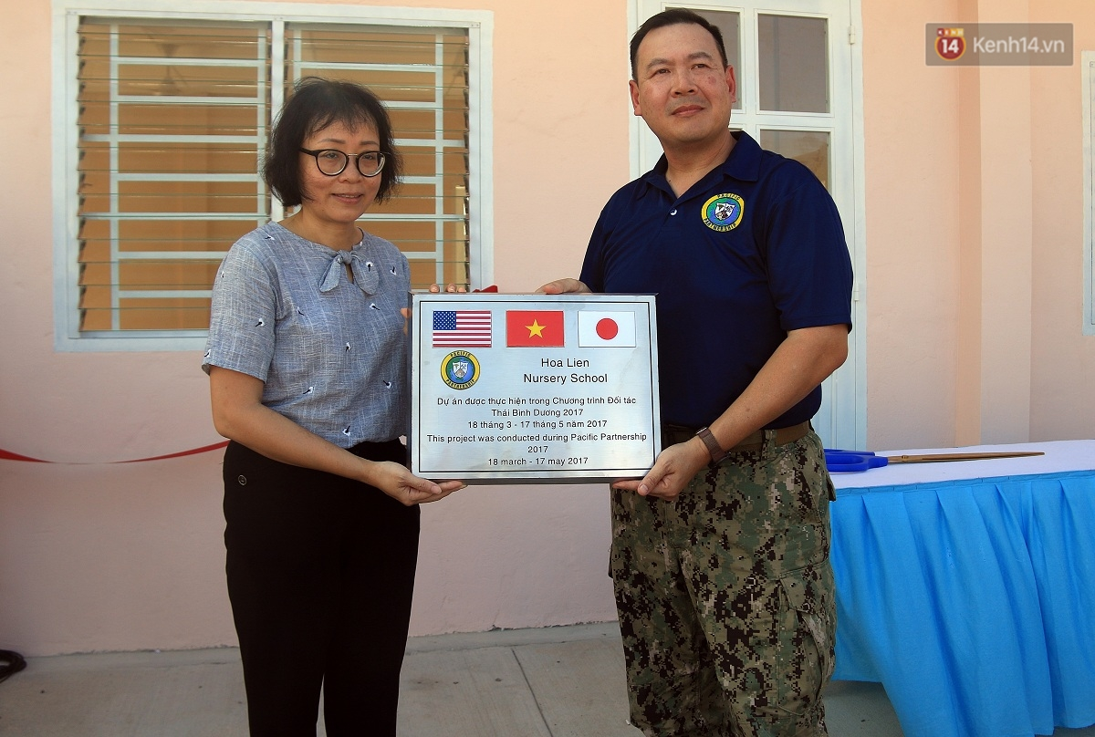 Hải quân Mỹ - Nhật dầm mình trong nắng, góp 1.500 ngày công để xây trường mầm non cho trẻ em Đà Nẵng - Ảnh 4.