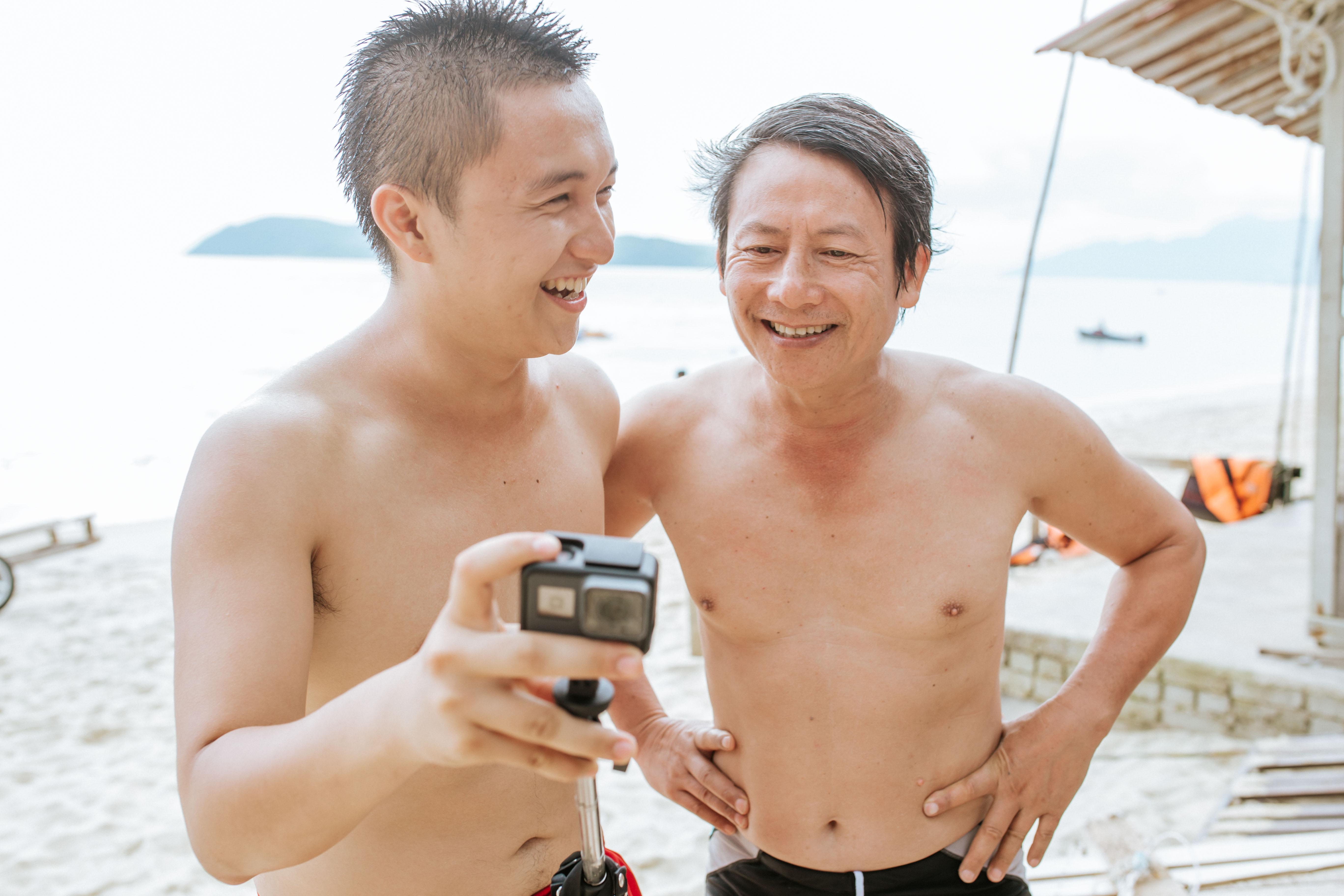 Bạn chọn ai khi muốn đi du lịch, cậu con trai Nghệ An 24 tuổi này rủ ông bố 60 tuổi, và họ có những trải nghiệm cùng nhau lần đầu tiên! - Ảnh 23.