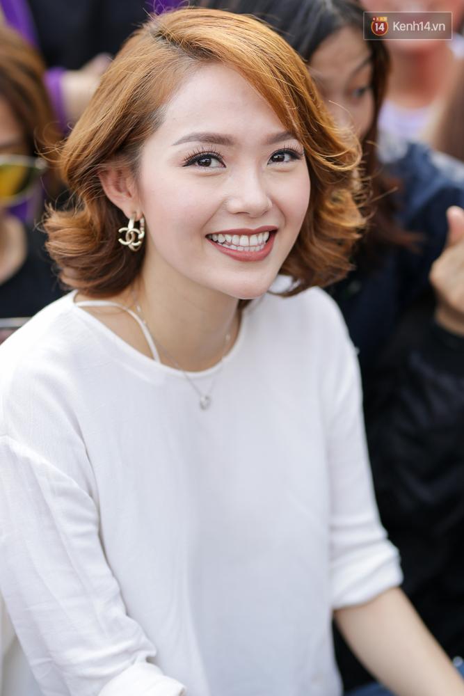 Sau lùm xùm không làm HLV The Face, Minh Hằng cười thả ga, vui vẻ quậy hết cỡ cùng fan - Ảnh 9.