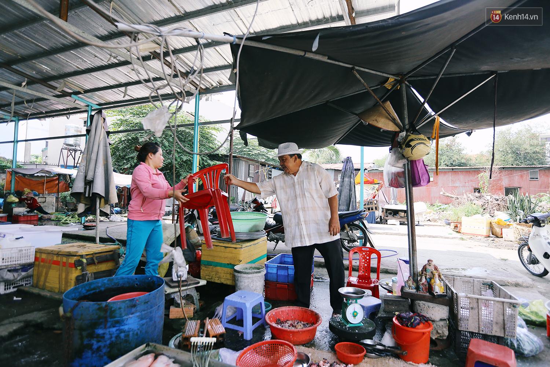 Chuyện ông Năm Hấp lấy đất nhà mình mở chợ cho người bán hàng rong ở Sài Gòn - Ảnh 11.