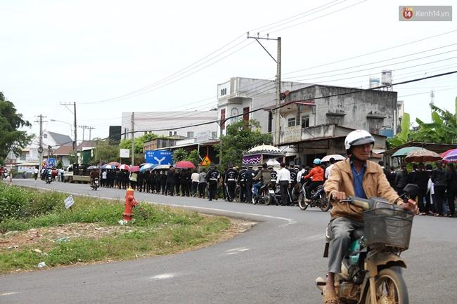 Vụ giết người chôn xác ở Lâm Đồng: Vợ nạn nhân từng tung tin chồng ôm 30 triệu trốn cùng người tình - Ảnh 3.