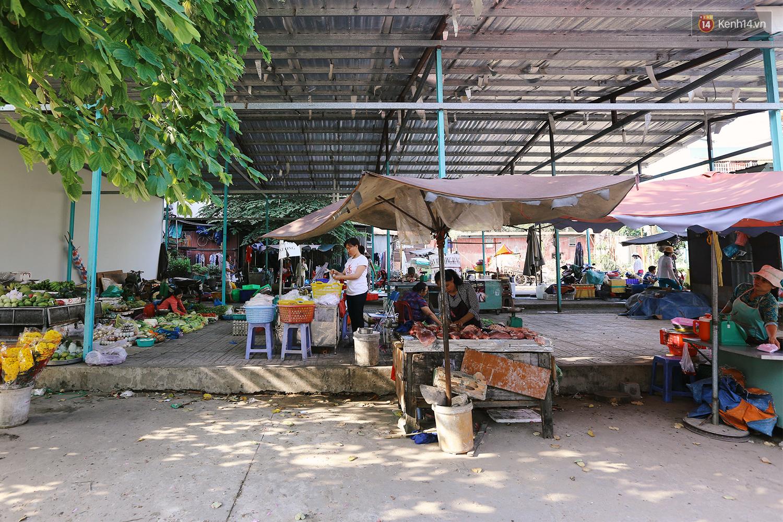 Chuyện ông Năm Hấp lấy đất nhà mình mở chợ cho người bán hàng rong ở Sài Gòn - Ảnh 6.