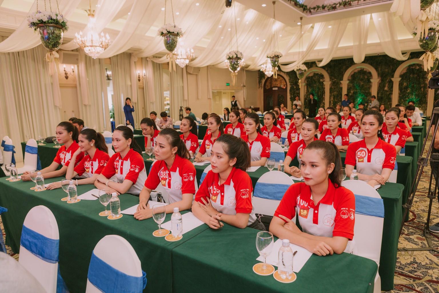 Cuối tuần này, 45 nữ sinh tài năng nhất sẽ cùng tranh tài trong đêm Chung kết Hoa khôi sinh viên Việt Nam - Ảnh 2.