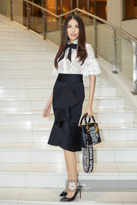 Vừa về tới Việt Nam, Khánh Ngân trích 150 triệu đồng giải thưởng Miss Globe hỗ trợ bà con trong vùng bão lũ - Ảnh 3.
