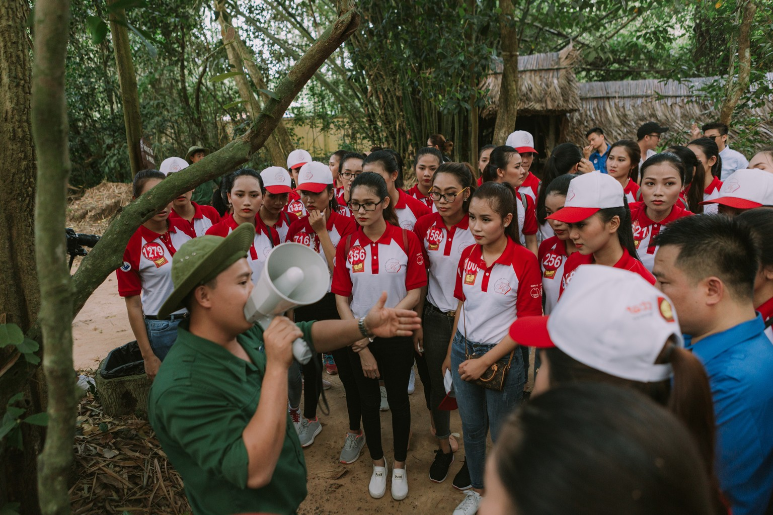 Cuối tuần này, 45 nữ sinh tài năng nhất sẽ cùng tranh tài trong đêm Chung kết Hoa khôi sinh viên Việt Nam - Ảnh 4.