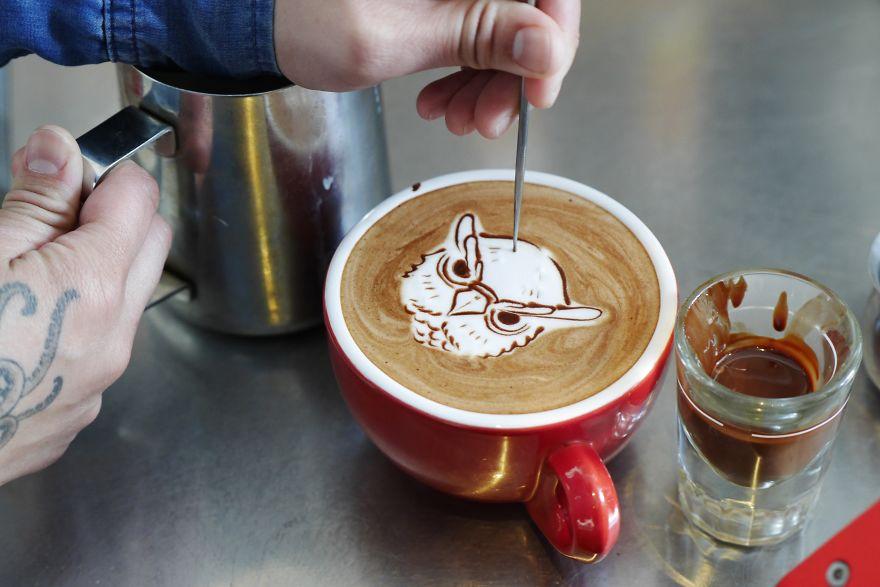 Triển lãm tranh hoạt hình cute trên những ly cà phê - Ảnh 21.
