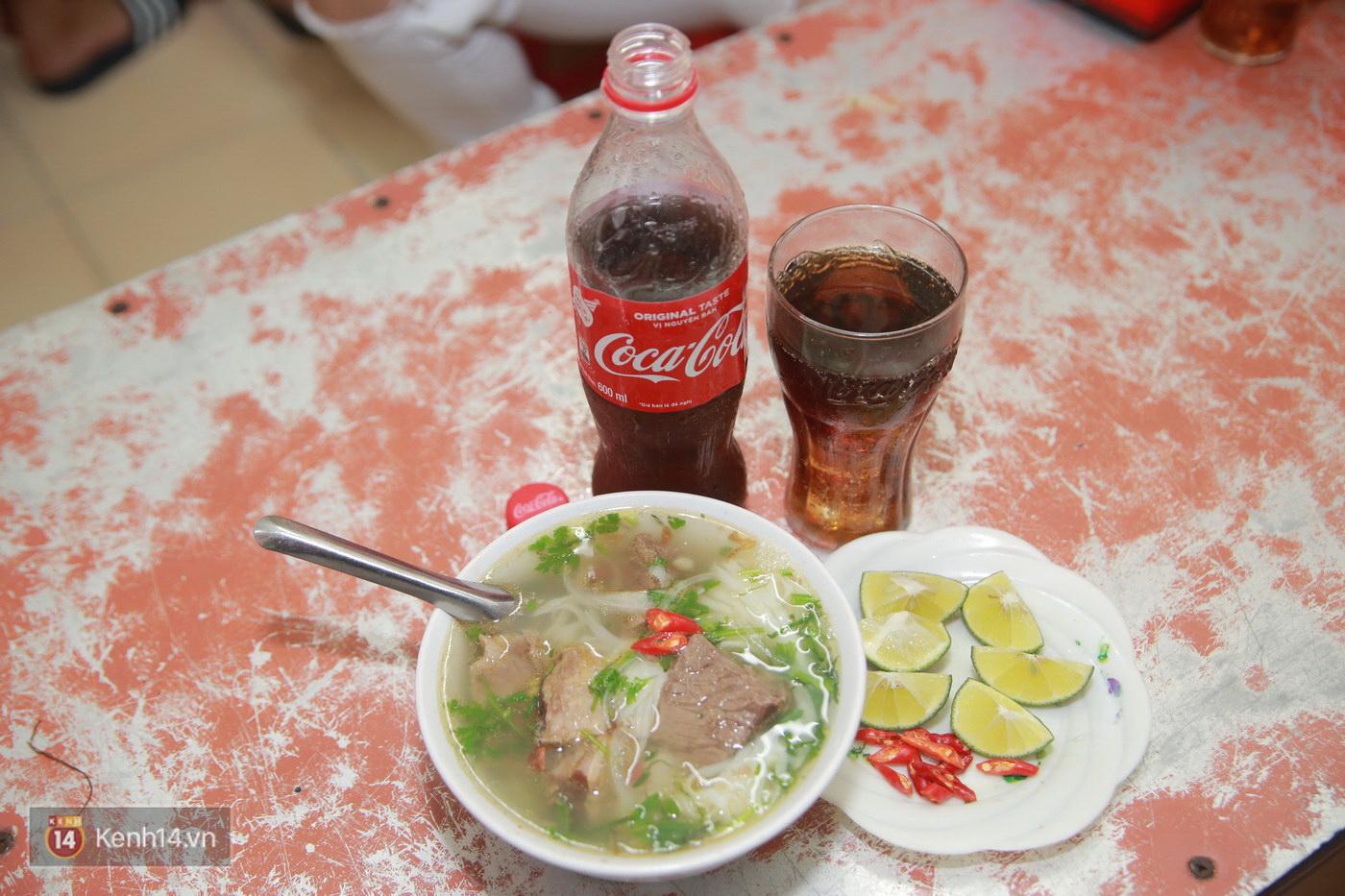 Đói Chưa Nhỉ: Theo chân 2 MC Bữa trưa vui vẻ tới quán phở nổi tiếng nhất Nam Định - Ảnh 5.