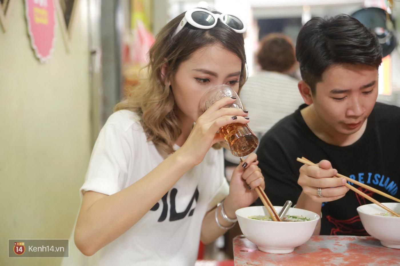 Đói Chưa Nhỉ: Theo chân 2 MC Bữa trưa vui vẻ tới quán phở nổi tiếng nhất Nam Định - Ảnh 9.