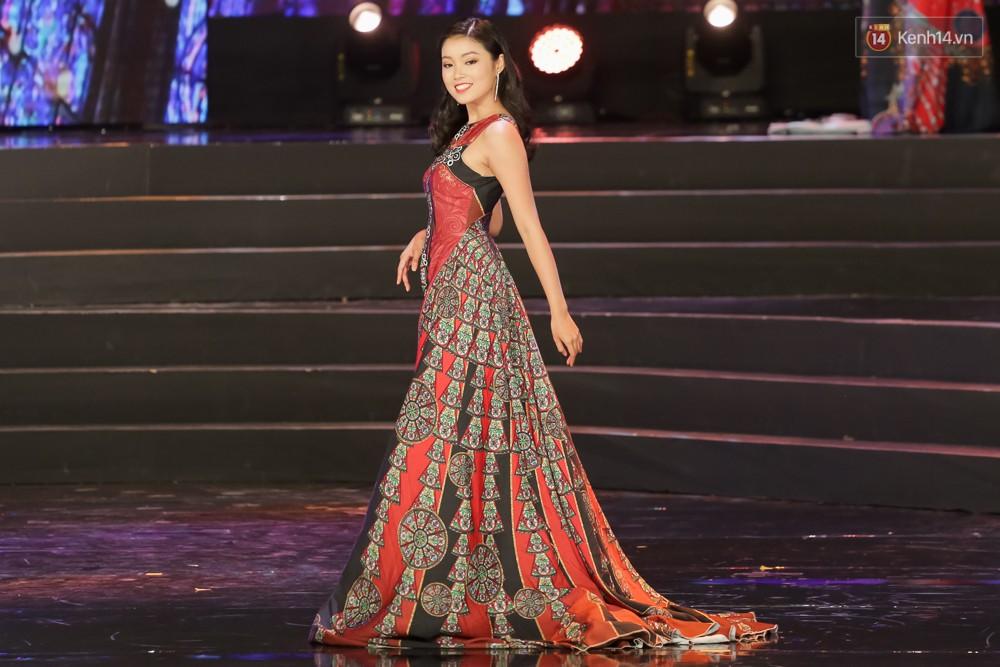 Nữ sinh ĐH Tây Đô cao 1m74 đăng quang Hoa khôi Sinh viên Việt Nam 2017 - Ảnh 13.
