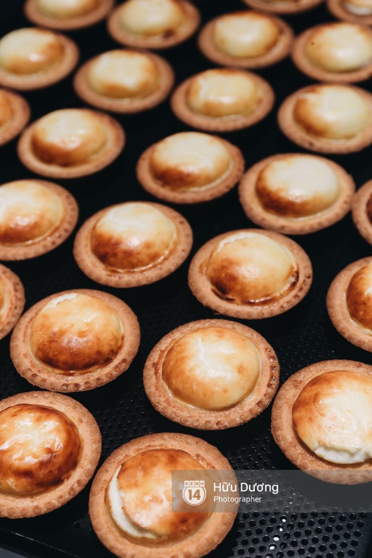 Gần 300k cho 6 chiếc bánh nhỏ, món tart phô mai đắt đỏ này đang khiến giới trẻ Sài Gòn siêu tò mò! - Ảnh 14.