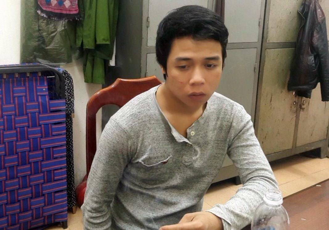 Đà Nẵng: Khởi tố, bắt tạm giam nam thanh niên chém đứt lìa bàn tay nhân viên quán karaoke - Ảnh 1.