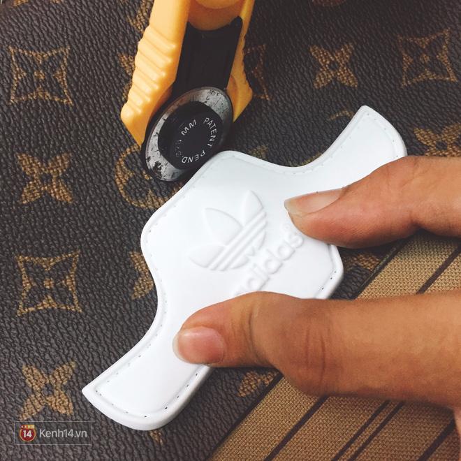 9x Việt độ giày từ đồ Louis Vuitton x Supreme hàng chục triệu đồng đang khiến giới chơi sneakers phát sốt - Ảnh 20.