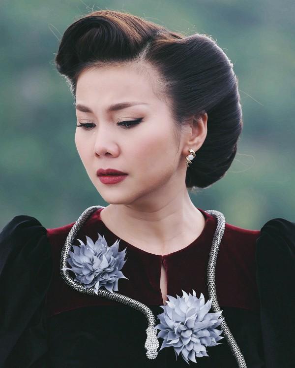 Doanh thu phim Việt 2017: Cú nổ mang tên Em chưa 18 và những sự im lặng đáng tiếc - Ảnh 7.