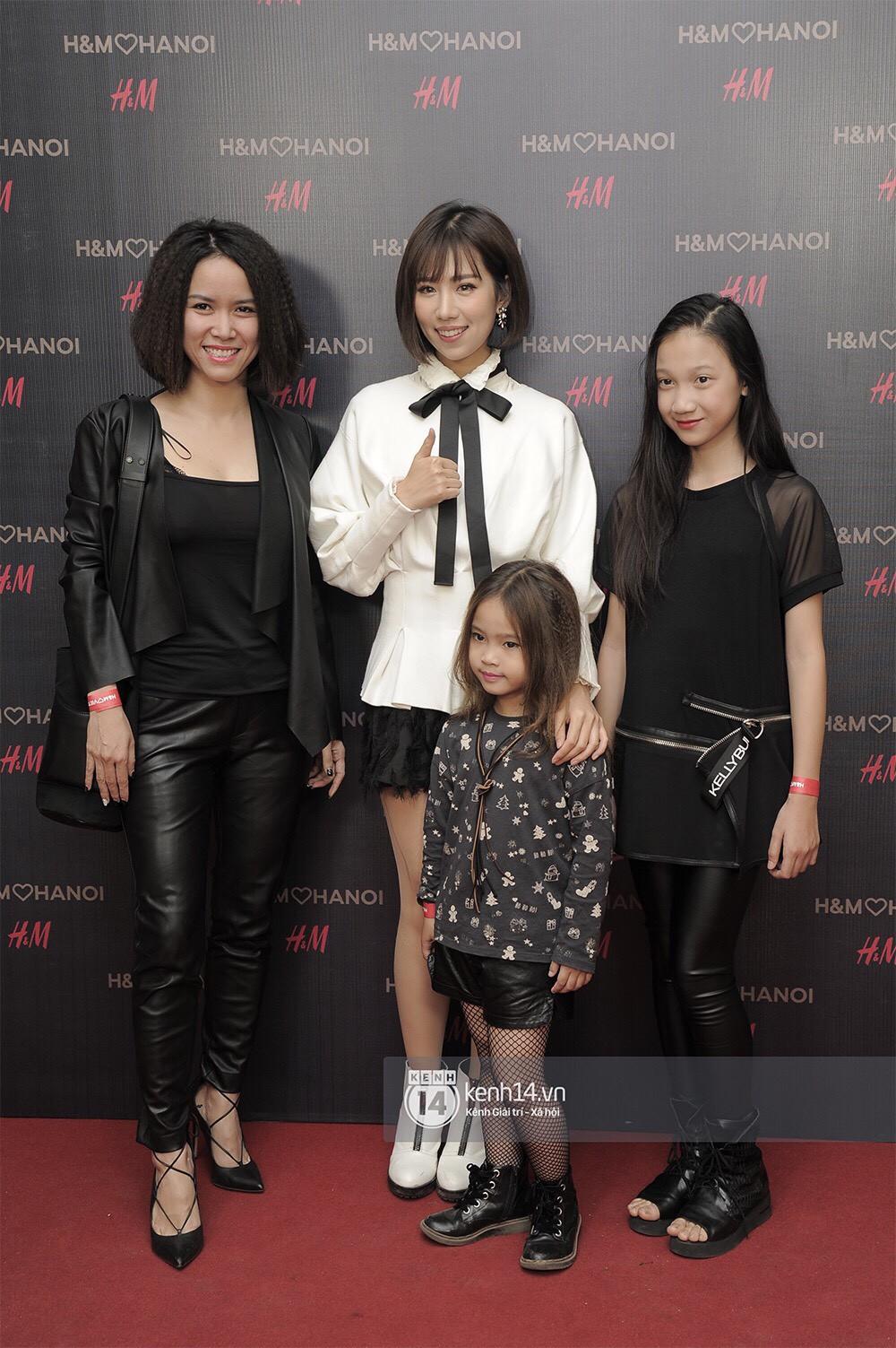 3 gia đình hot nhất mạng xã hội cùng đến mở hàng cho cửa hàng H&M đầu tiên tại Hà Nội - Ảnh 6.