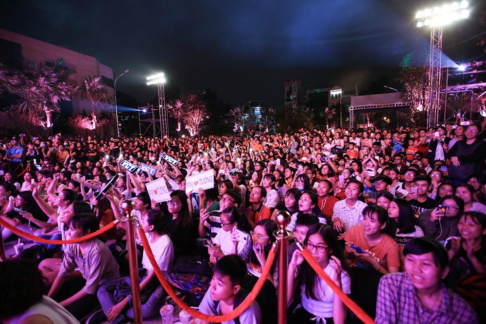 Thuận Kiều Plaza chính thức đổi tên thành The Garden Mall, hàng nghìn người Sài Gòn chen nhau vào khám phá trong ngày khai trương - Ảnh 10.
