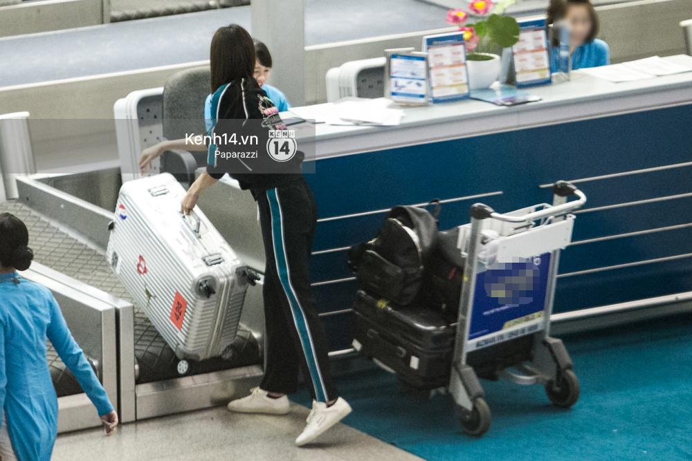 Minh Tú diện trang phục giản dị lên đường sang Úc gặp Thor Chris Hemsworth - Ảnh 8.