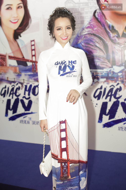 Bình Minh - Mai Thu Huyền diện áo dài trắng in tên phim mình đóng trong buổi ra mắt - Ảnh 5.