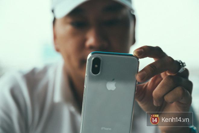 Bỏ 68 triệu mua iPhone X đầu tiên tại Việt Nam, bầu show Nguyễn Huy không dám cầm trên tay khi ra đường - Ảnh 2.