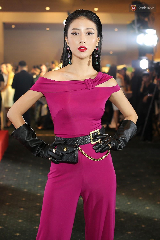 Quỳnh Anh Shyn lên đồ ấn tượng chẳng kém gì Phạm Hương, Minh Hằng trên thảm đỏ Elle Fashion Show - Ảnh 2.