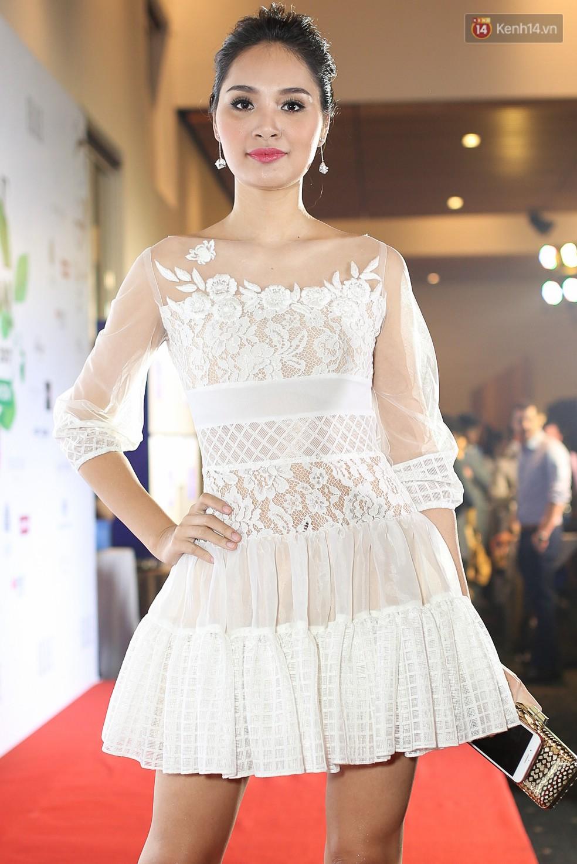 Quỳnh Anh Shyn lên đồ ấn tượng chẳng kém gì Phạm Hương, Minh Hằng trên thảm đỏ Elle Fashion Show - Ảnh 13.