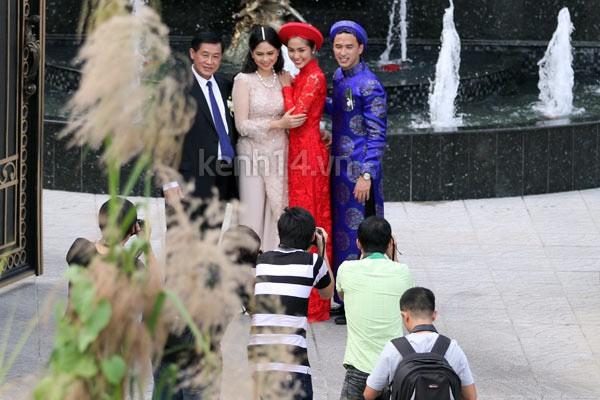 Những khoảnh khắc tác nghiệp đáng nhớ trong đám cưới cách đây 5 năm của Tăng Thanh Hà và Louis Nguyễn - Ảnh 11.