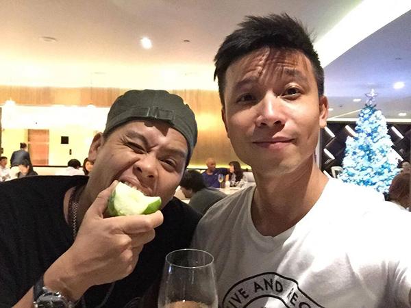 John Huy Trần công khai danh tính bạn trai 9 năm, bật mí kế hoạch đám cưới - Ảnh 3.