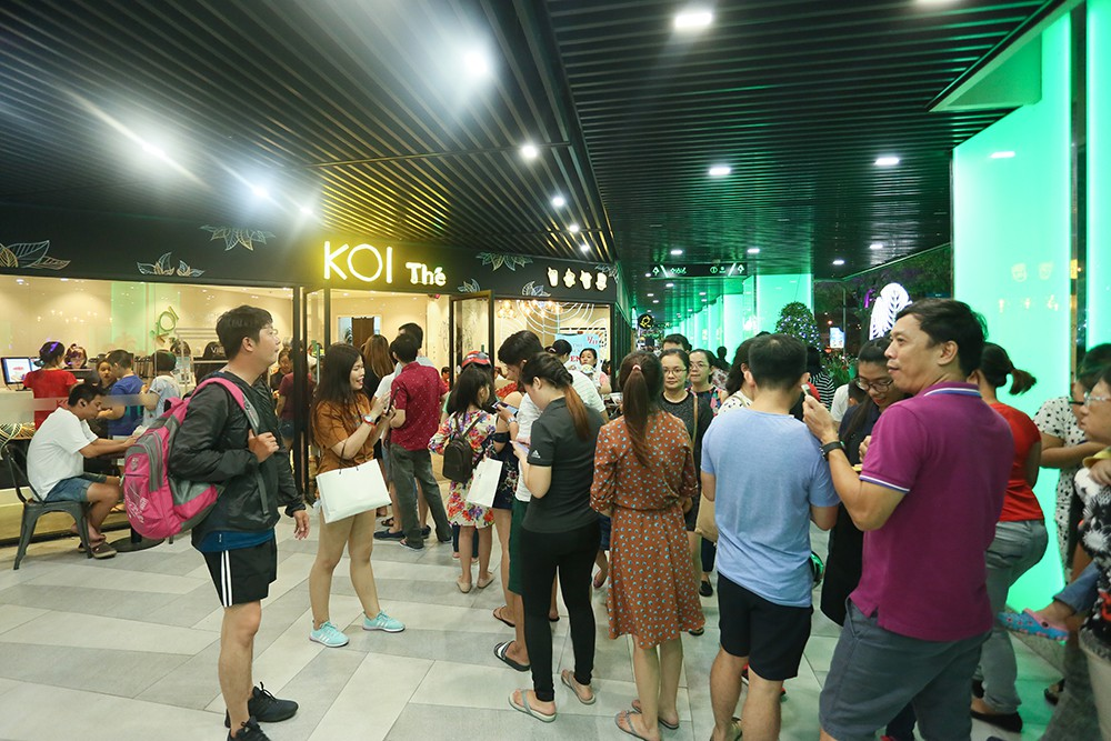 Thuận Kiều Plaza chính thức đổi tên thành The Garden Mall, hàng nghìn người Sài Gòn chen nhau vào khám phá trong ngày khai trương - Ảnh 13.