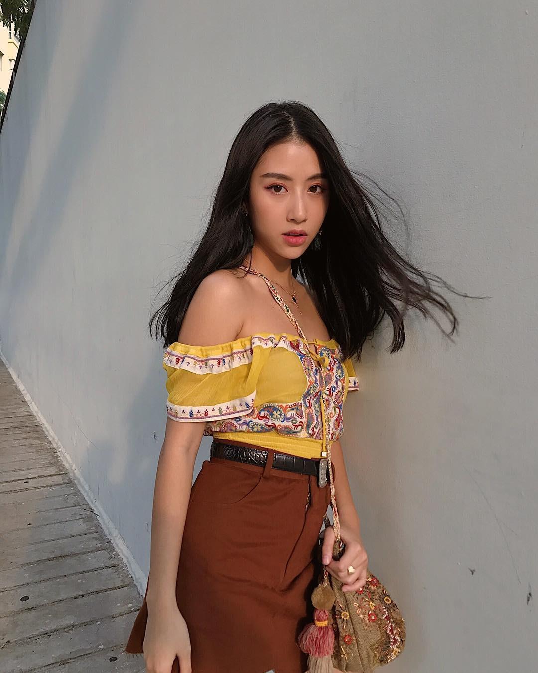 Mặc giống Hoàng Ku, Quỳnh Anh Shyn, Kỳ Duyên đã đành, Khánh Linh còn đụng hàng cả Tiffany - Ảnh 8.