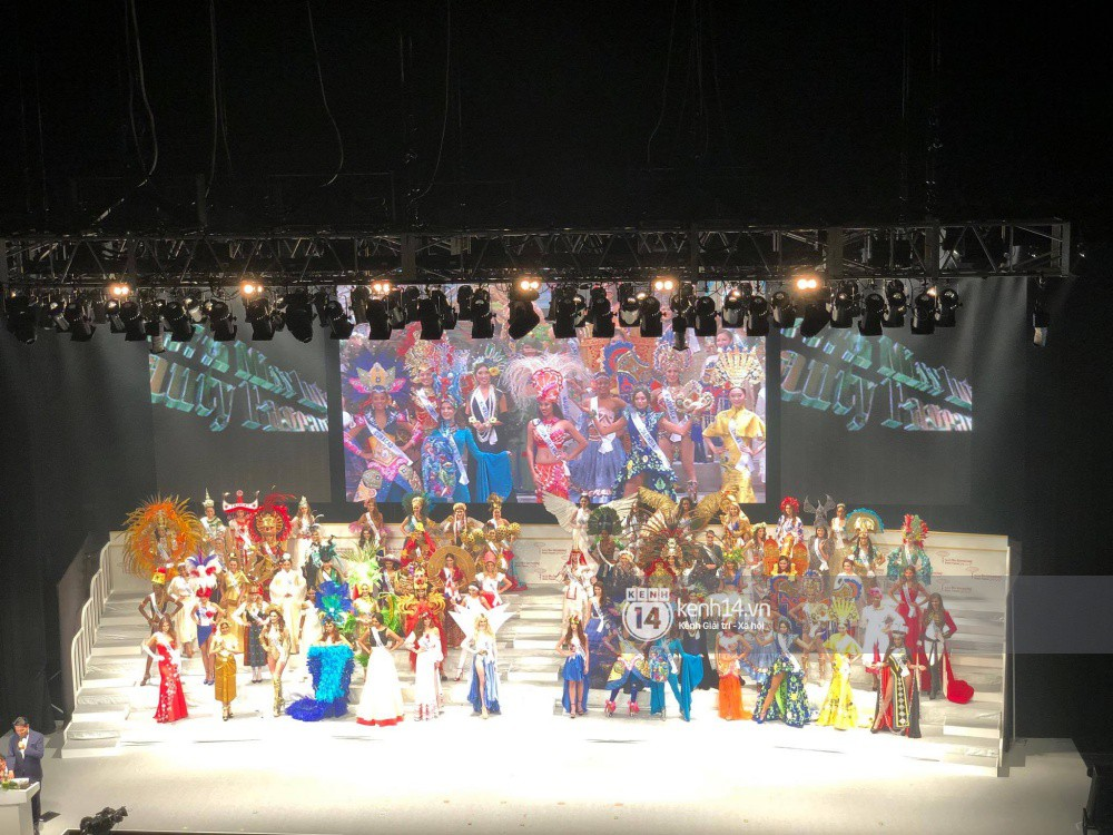 Chung kết Miss International 2017: Đại diện Indonesia đăng quang, Thùy Dung trượt Top 15 - Ảnh 8.