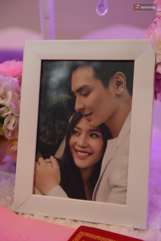 Chúng Huyền Thanh - Jay Quân hôn nhau ngọt ngào trong lễ cưới, chính thức trở thành vợ chồng! - Ảnh 19.