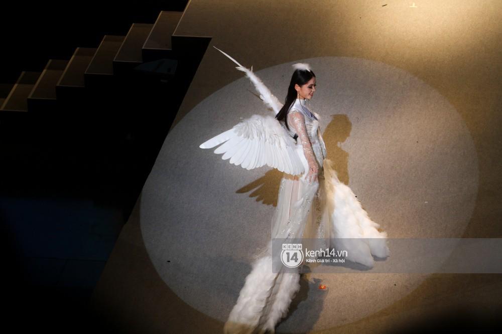 Chung kết Miss International 2017: Đại diện Indonesia đăng quang, Thùy Dung trượt Top 15 - Ảnh 10.