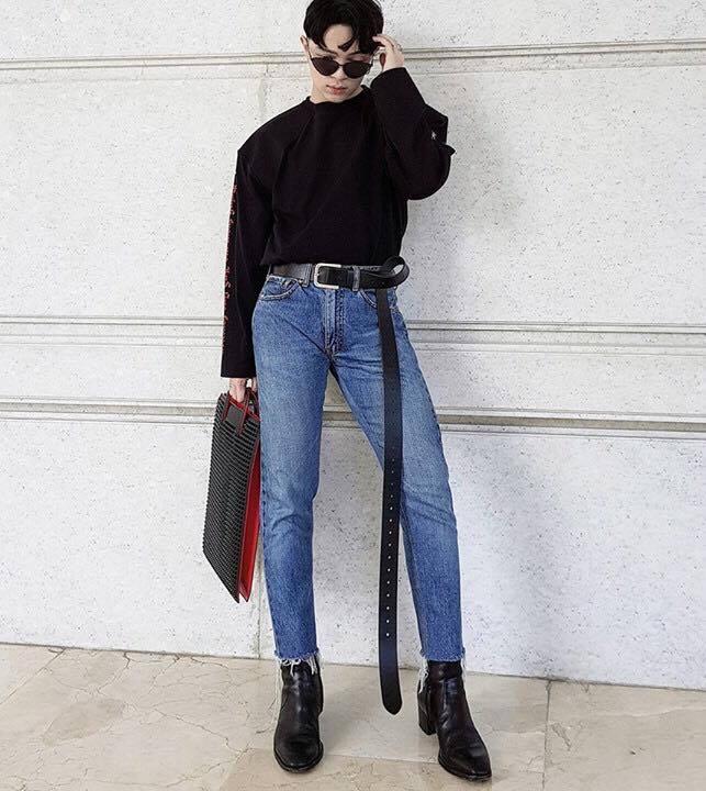Công phá xong Gucci, Kelbin Lei lại tiếp tục chinh phục Instagram của Vetements - Ảnh 7.