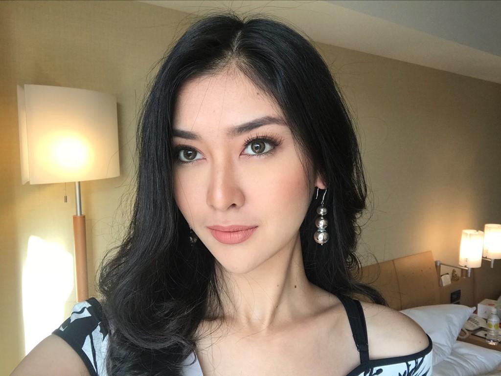 Hoa hậu của 6 cuộc thi lớn nhất thế giới năm 2017: Người đẹp tuyệt trần, kẻ thì bị chê là thảm họa - Ảnh 7.