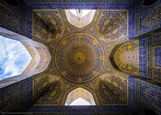 Đây là 10 trần nhà đẹp nhất thế giới, ngắm mỏi cổ cũng không thấy chán - Ảnh 5.