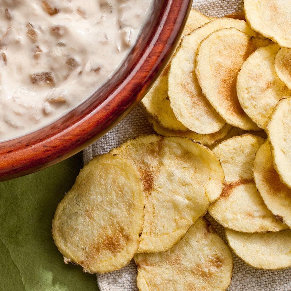 Bỏ túi 4 cách làm snack khoai tây vừa ngon vừa dễ - Ảnh 1.