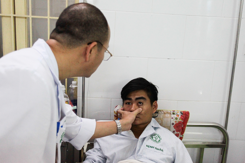 Hà Nội: Bệnh nhân sốt xuất huyết nằm la liệt ở bệnh viện Bạch Mai - Ảnh 2.