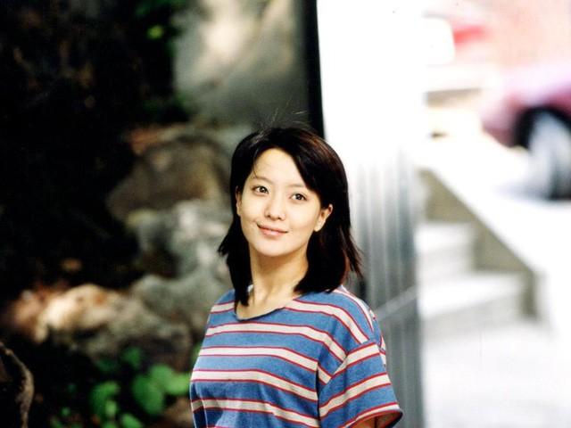 kim-hee-sun-10-1487992965642-15103274050