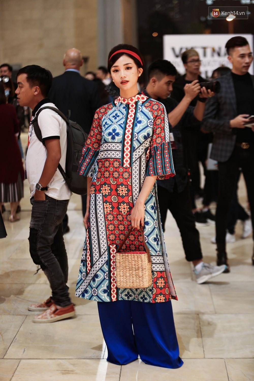 Nhìn ảnh Quỳnh Anh Shyn - Salim - Châu Bùi phải gật gù ngay: Con gái Việt mặc áo dài là đẹp nhất! - Ảnh 5.