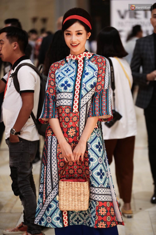 Nhìn ảnh Quỳnh Anh Shyn - Salim - Châu Bùi phải gật gù ngay: Con gái Việt mặc áo dài là đẹp nhất! - Ảnh 6.