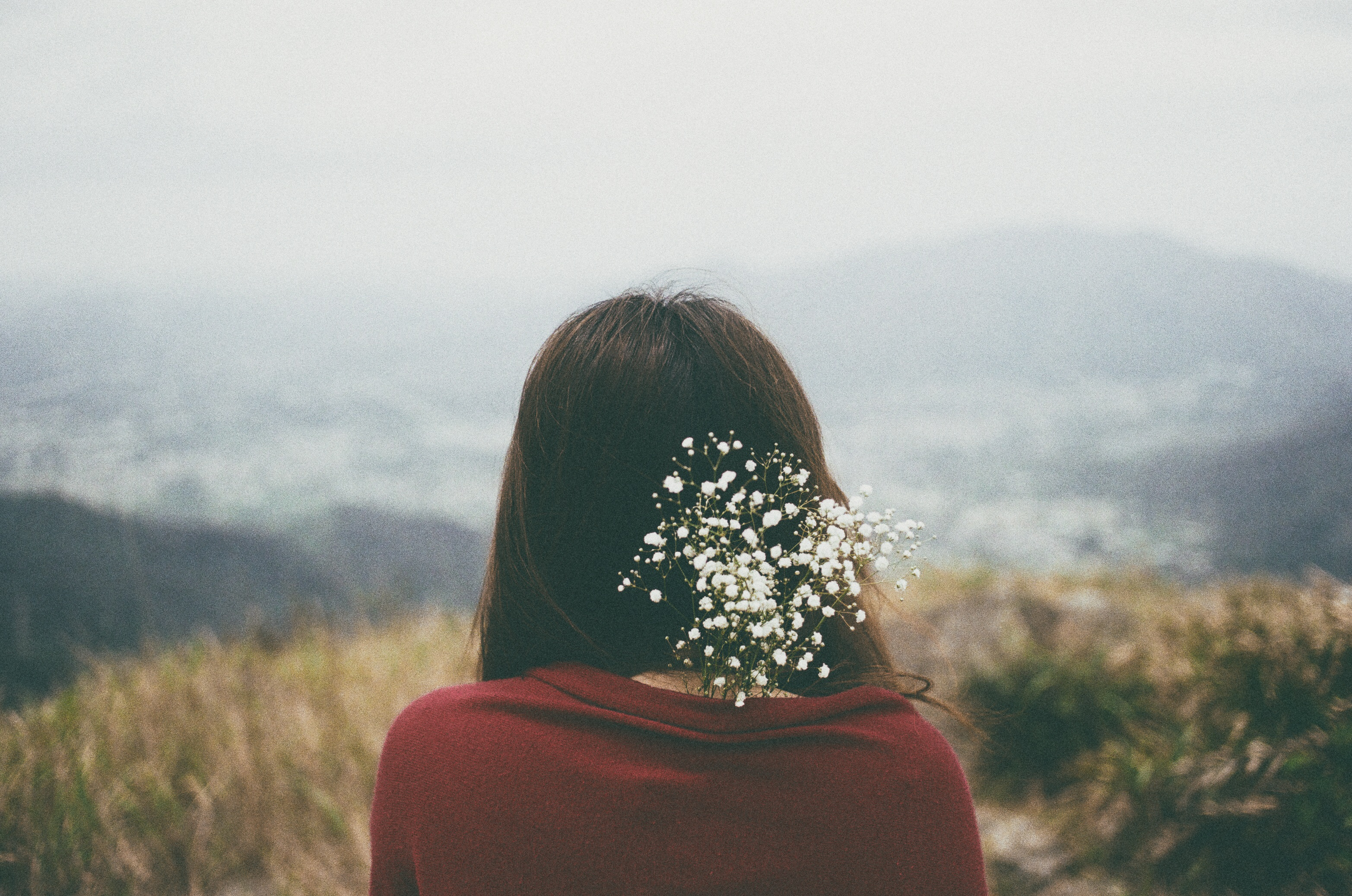 Gửi người yêu mới của người yêu cũ: Đừng dại dột mà ghen tuông với tình cảm đã qua - Ảnh 4.
