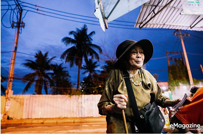 Tìm về những mảnh đời của người già bán vé số Sài Gòn: Nơi quê hương không ngọt - Ảnh 5.
