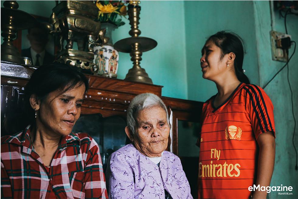 Tìm về những mảnh đời của người già bán vé số Sài Gòn: Nơi quê hương không ngọt - Ảnh 14.