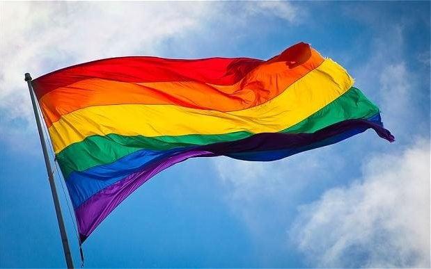 Địa ngục đằng sau cánh cửa các trại chữa bệnh đồng tính có thật tại nhiều nước trên thế giới - Ảnh 1.