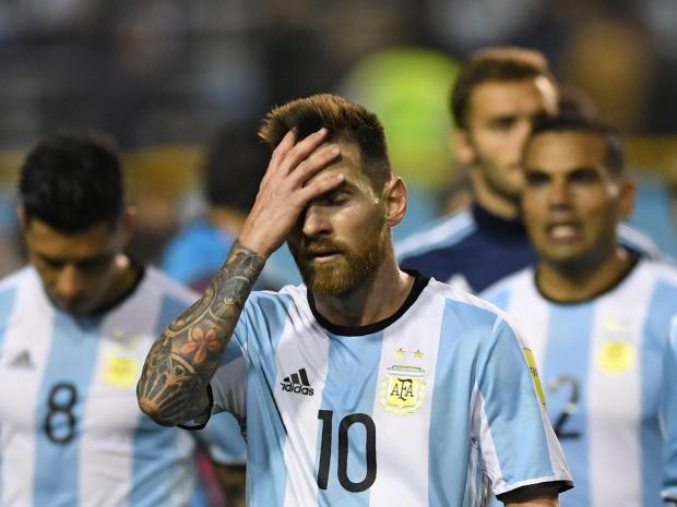 Argentina và Hà Lan không xứng đáng với những giọt nước mắt - Ảnh 1.