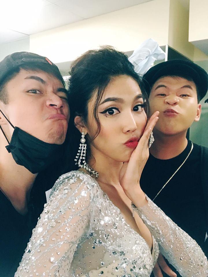 Lan Khuê nói gì sau cú ngã lịch sử trên sóng truyền hình trực tiếp Hoa hậu Đại dương 2017? - Ảnh 2.