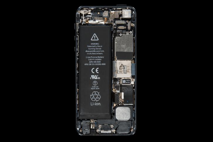 Nội thất bên trong iPhone đã thay đổi như thế nào suốt 10 năm qua? - Ảnh 5.